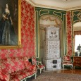 Nieborów_Palace_-_The_Red_Drawing-room-2